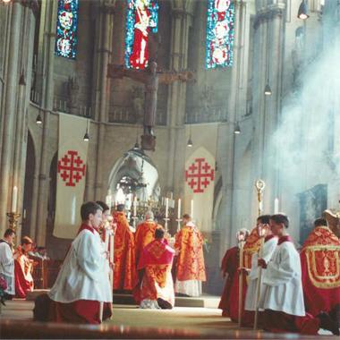 A Celebração solene da Santa Missa na Santa Igreja Católica